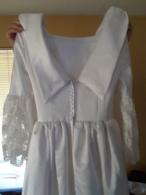 Wedding dress for Sale in San Fernando, CA