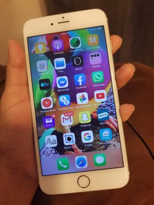 Iphone 5s unlocked for Sale in Boston, MA