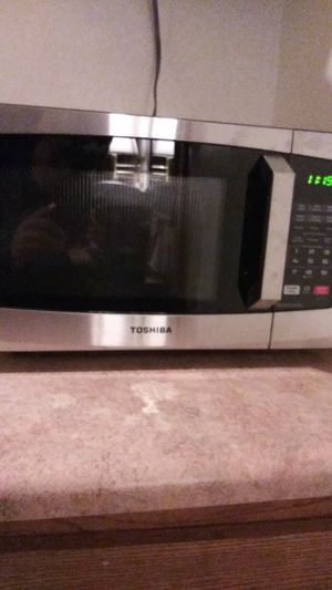 Toshiba, microwave for Sale in Las Vegas, NV