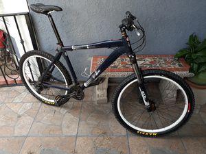 Mountain bike 240 OBO diamondback for Sale in Huntington Park, CA