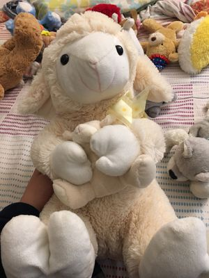 Cute Baby Shower Mama Lamb & Baby Tan Gold Yellow Plush Toy for Sale in Los Angeles, CA