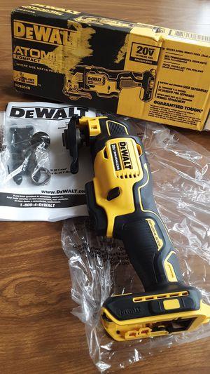 Tool Dewalt Atomic Multi-tool / In Van Nuys for Sale in Los Angeles, CA