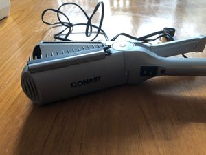 Hair straightener for Sale in Carmichael, CA