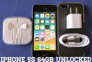 Iphone 5S (64GB) GSM-UNLOCKED + Accessories for Sale in Falls Church, VA