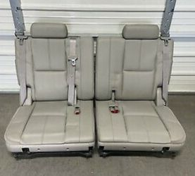 Chevy Third Row Seat 07-2014 for Sale in Charlotte,  NC