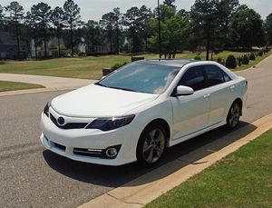 2012 Camry SE Price 12OO$ for Sale in Frederick, MD