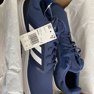 Adidas Galaxy 5 - Brand New (Sold Out In Stores) for Sale in Fresno, CA