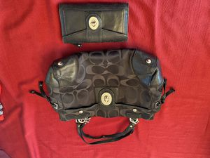 Super cute coach purse with matching wallet for Sale in Oak Creek, WI