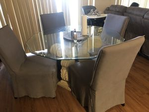 Kitchen table and 4 chairs for Sale in Lake Worth, FL