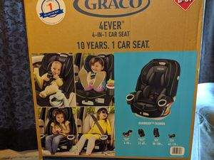 Graco 4ever convertible car seat for Sale in Aberdeen, WA