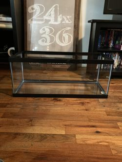 20 Gallon Tank For Sale $25 for Sale in The Bronx, NY