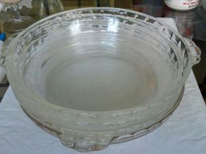 """(3) PYREX 9.5"""" Oven / Microwave Bowls for Sale in Cherry Hill, NJ"""