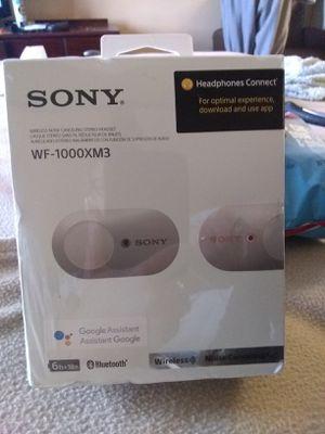 Sony wirless noise - canceling headphones for Sale in Oklahoma City, OK