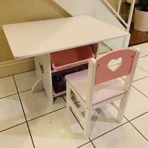 Table And Chair for Sale in Sloan, NV