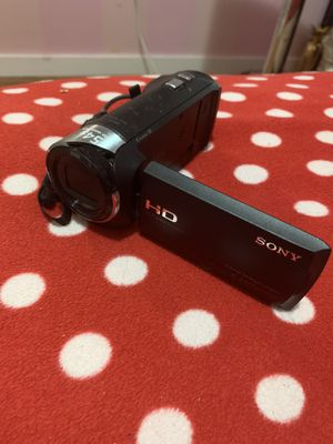 sony handycam hdr-cx240 for Sale in Malden, MA