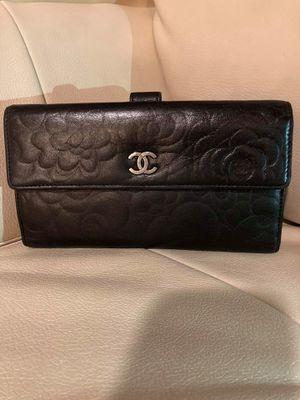 Authentic Chanel long bifold wallet purse for Sale in Riverview, FL