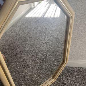 Medium Size Mirror for Sale in Vista, CA