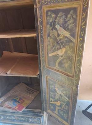 Antique 1800s armoire for Sale in Milpitas, CA