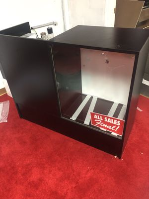 Business display case for Sale in Atlanta, GA