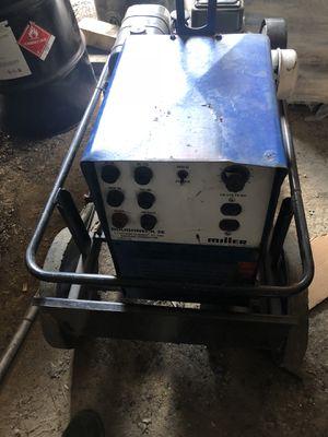 Miller welding generator 550 for Sale in Mount Rainier, MD