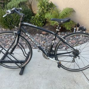 "Sirrus Sport 24-Speed Small 54cm Frame 700c Tires ""Rider 5'1 To 5'4"" "" Very Clean""!! for Sale in Lakeside, CA"