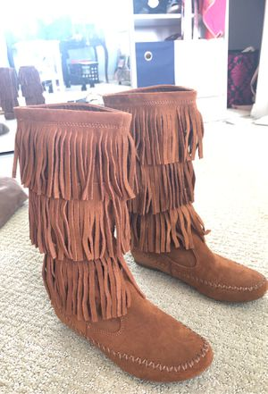 Tan Fringe Boots (Size 6) for Sale in Corona, CA