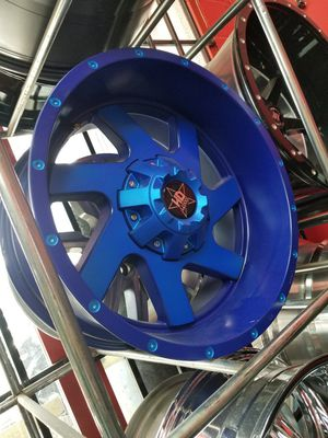 20x10 with 33 rim n tire package deals for Sale in Houston, TX