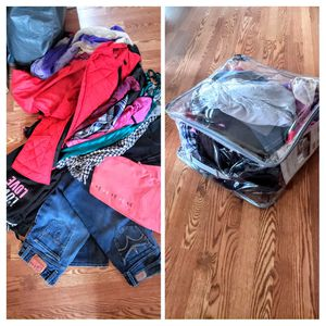 Bundle of Women's size Large clothing for Sale in Puyallup, WA