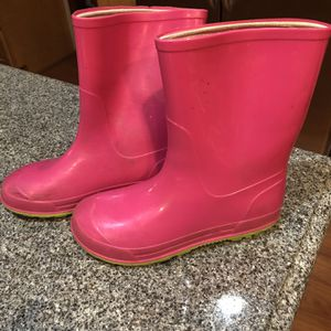 Size 13 Kids Rain Boots Pink for Sale in Naperville, IL