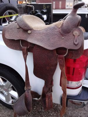 Billy cook handmade size 16 roping saddle for Sale in Biloxi, MS