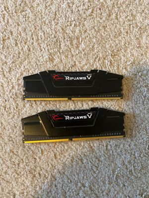 G.SKILL Ripjaws V Series 16GB (2 x 8GB) 288-Pin DDR4 SDRAM DDR4 3200 for Sale in Nashua, NH