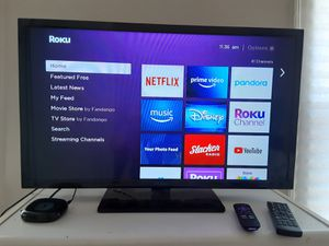 """32"""" Insignia TV (roku included) for Sale in Harrisburg, PA"""