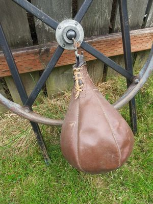 Vintage gym speed bag boxing for Sale in Tacoma, WA