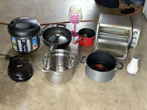 Pots, pans, plastic drawers, rice cooker, oven toaster, panini toaster, chopper, strainer, water hose for Sale in El Cajon, CA