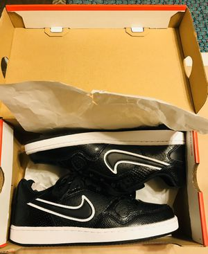 Women's Nike Son of Force Shoes / NEW IN BOX / Size: 7 / Pick-up in Cedar Hill / Shipping Available for Sale in Cedar Hill, TX