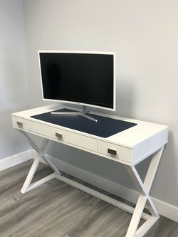 Writing Desk for Sale in Torrance,  CA