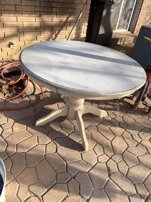 Project table and chairs for Sale in Collinsville, OK