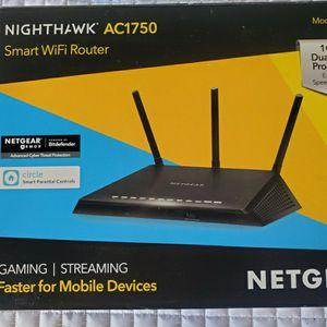 $45 NETGEAR NIGHTHAWK AC1750 WIFI ROUTER for Sale in North Las Vegas, NV
