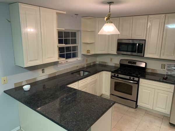 SALESALE ONLY BRAND NEW 10X10 KITCHEN CABINETS AND GRANITE ...