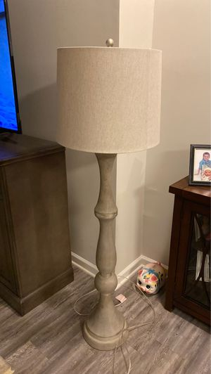 Floor Lamp for Sale in Fort Mill, SC
