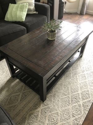 Coffee Table for Sale in Bonney Lake, WA
