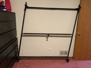 Queen size metal bed frame for Sale in North Chicago, IL