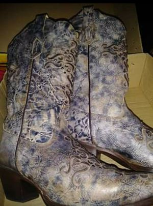 Women's Corral Boots Size 7 ½ for Sale in Dallas, TX