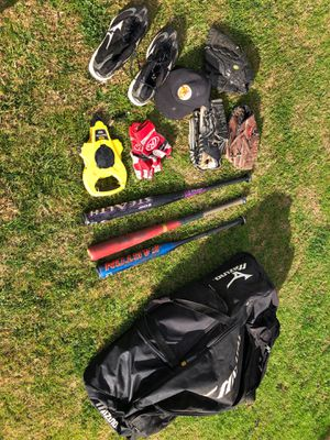 Baseball equipment 85$-120$ make a offer for Sale in Los Angeles, CA