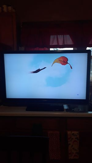 "50"" TOSHIBA REGZA TV GREAT PICTURE for Sale in Lackawanna, NY"