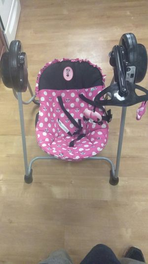 Who was interested in the baby swing ?? for Sale in Ravenna, OH