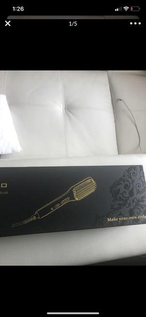 Hair Straightener Brush for Sale in Pittsburgh, PA