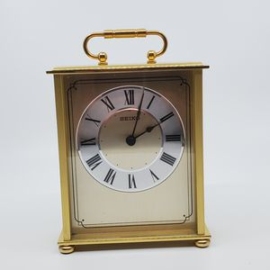 """Vintage Seiko Desk And Table Carriage Clock Gold-Tone Solid Brass HQG102GL. 7"""" tall. Japan movement. for Sale in Campbell, CA"""