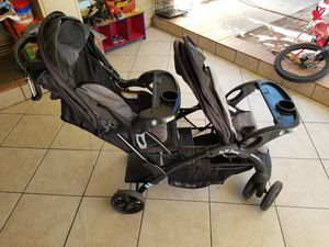 Double stroller good condition for Sale in Santa Ana, CA