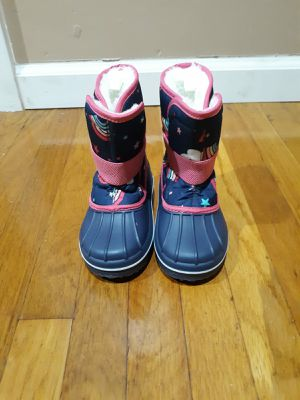 Snow boots toddler girl for Sale in Irwindale, CA